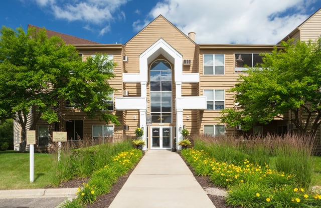 Coachman Trails Apartments - 1405 Olive Lane North, Plymouth, MN 55447