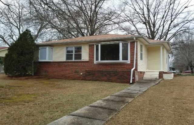 1218 Colonial Avenue - 1218 Colonial Avenue, Gardendale, AL 35071