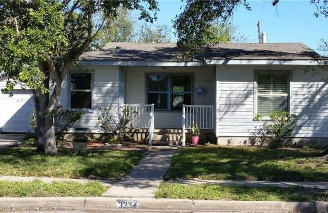 3234 Topeka St - 3234 Topeka St, Corpus Christi, TX 78404