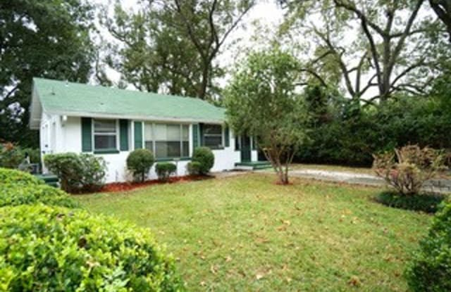 4802 Colonial Ave - 4802 Colonial Avenue, Jacksonville, FL 32210