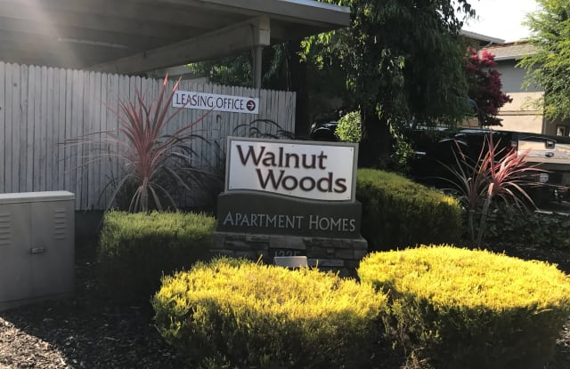 Walnut Woods - 1225 Walnut St, Napa, CA 94559