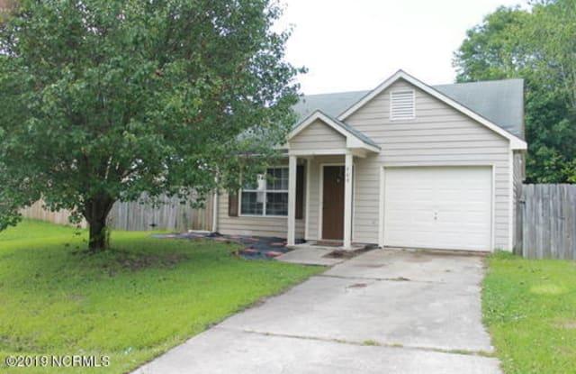 609 Hampton Drive - 609 Hampton, Jacksonville, NC 28546