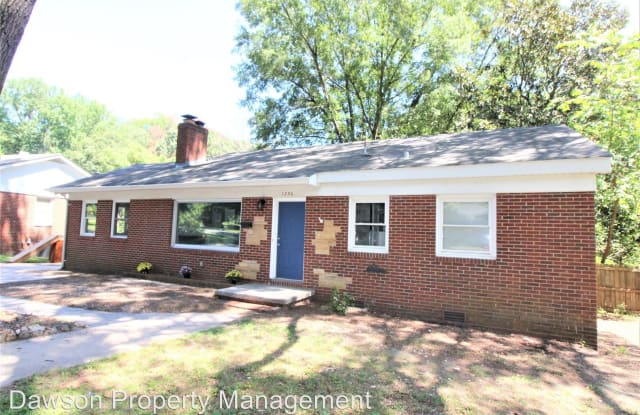 1230 Roanoke Ave - 1230 Roanoke Avenue, Charlotte, NC 28205
