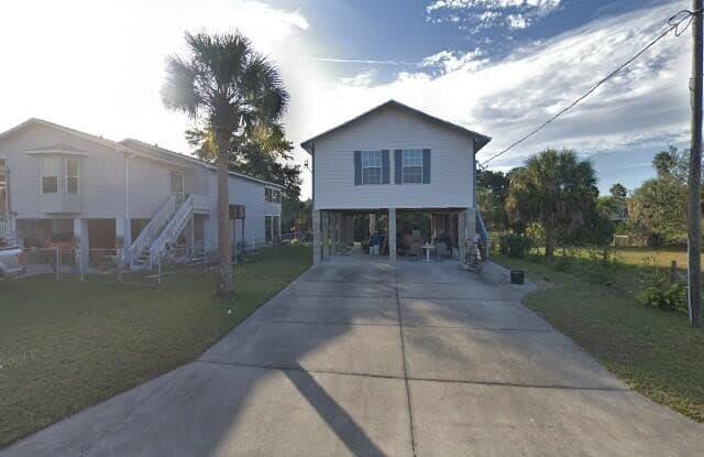 3269 Rose Arbor Drive - 3269 Rose Arbor Drive, Hernando Beach, FL 34607