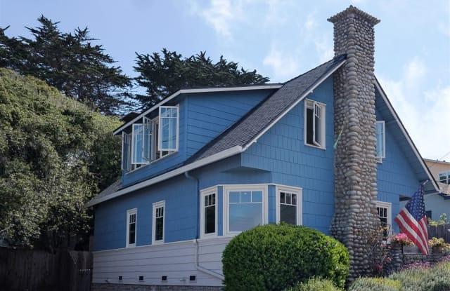 3779 Sea Otter House - 215 8th Street, Pacific Grove, CA 93950