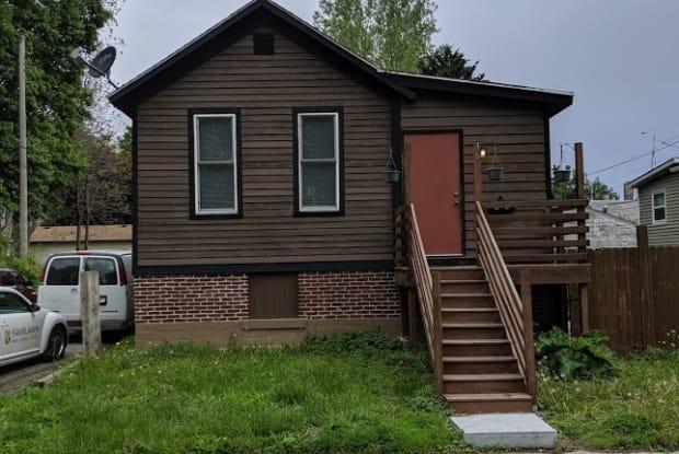 36 E Beardsley Ave - 36 East Beardsley Avenue, Champaign, IL 61820