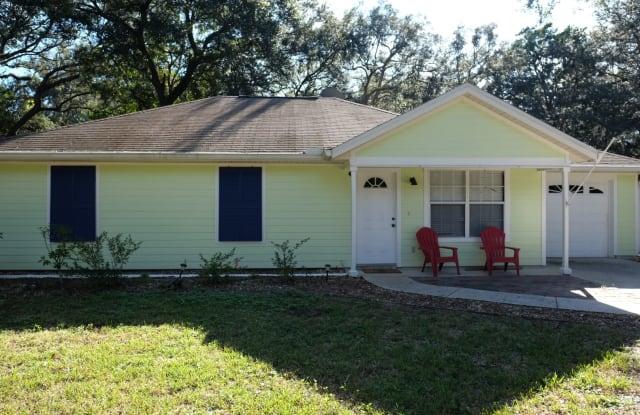 1416 Hernando Street - 1416 Hernando Street, Fernandina Beach, FL 32034