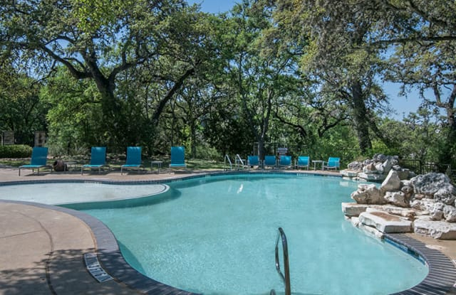 Walker Ranch Apartment Homes - 14500 Blanco Rd, San Antonio, TX 78216