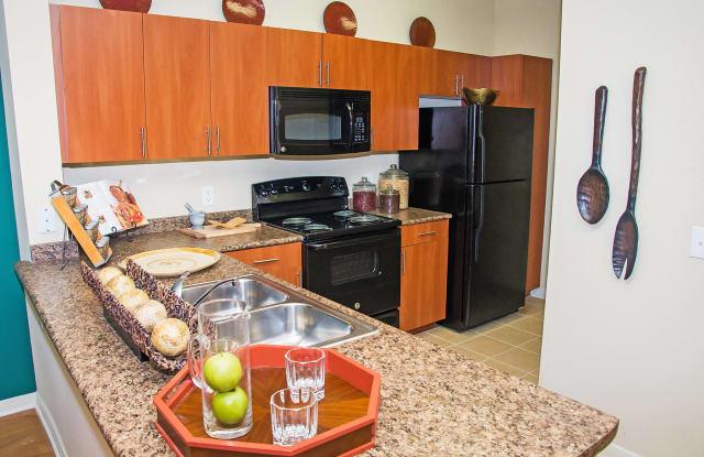 Lakeland Estates Apartment Homes - 630 Colony Lake Estates Dr, Stafford, TX 77477