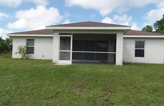 509 Lillon AVE S - 509 Lillon Avenue, Lehigh Acres, FL 33974