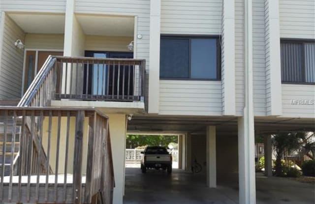 324 WINDRUSH BOULEVARD - 324 Windrush Boulevard, Indian Rocks Beach, FL 33785