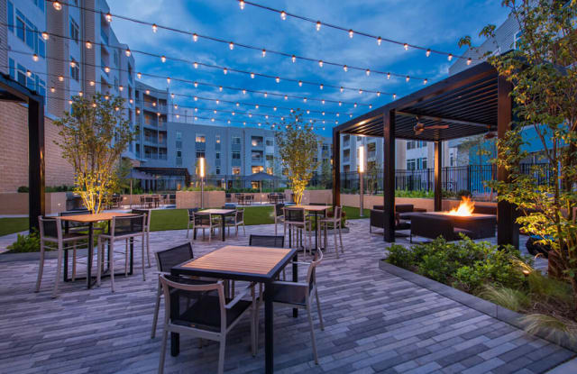 The Daley at Shady Grove Apartments - 8010 Gramercy Blvd, Rockville, MD 20855