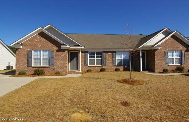 2604 Saddleback Drive - 2604 B Saddleback Dr, Greenville, NC 28590