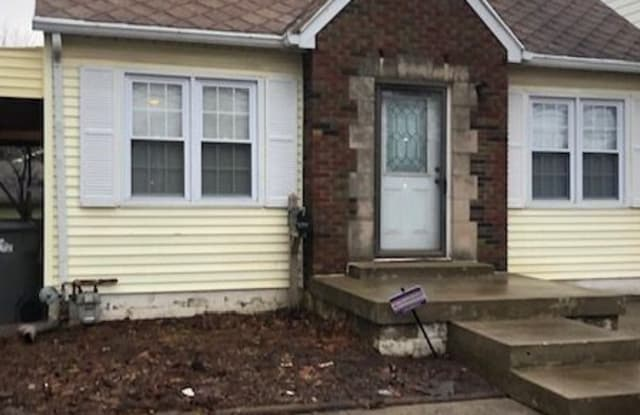 142 E Troy Ave - 142 East Troy Avenue, Indianapolis, IN 46225
