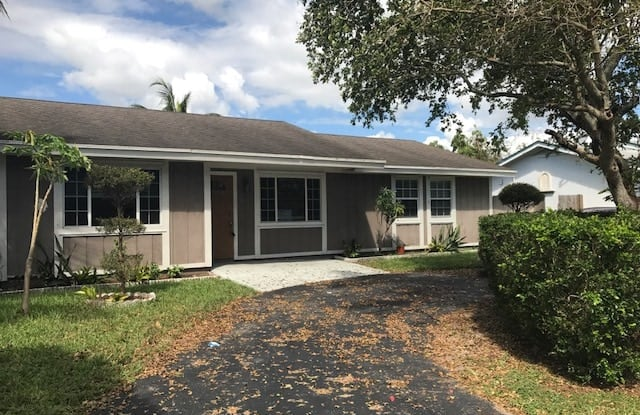 803 SW 79 Ave - 803 SW 79th Ave, North Lauderdale, FL 33068
