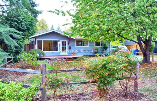 7923 North Fowler Avenue - 7923 North Fowler Avenue, Portland, OR 97217