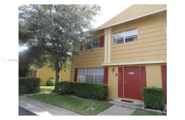 1830 SW 81st Ter - 1830 Southwest 81st Terrace, Davie, FL 33324