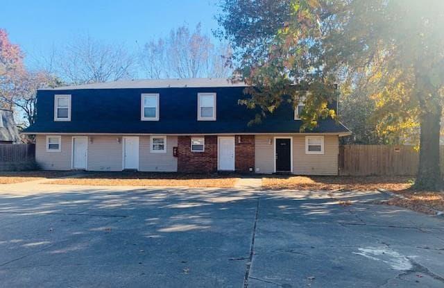 690 N Betty Jo DR - 690 North Betty Jo Drive, Fayetteville, AR 72701