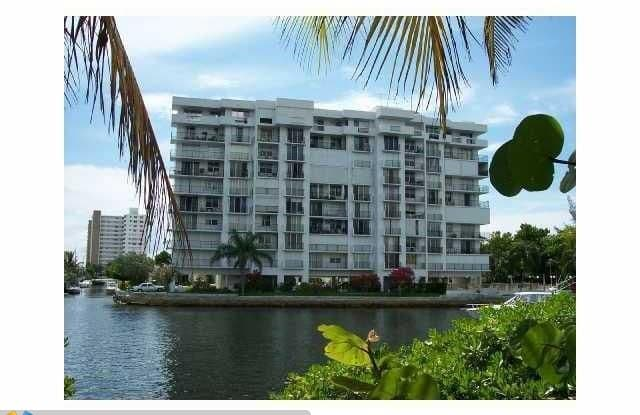 1609 N Riverside Dr - 1609 North Riverside Drive, Pompano Beach, FL 33062