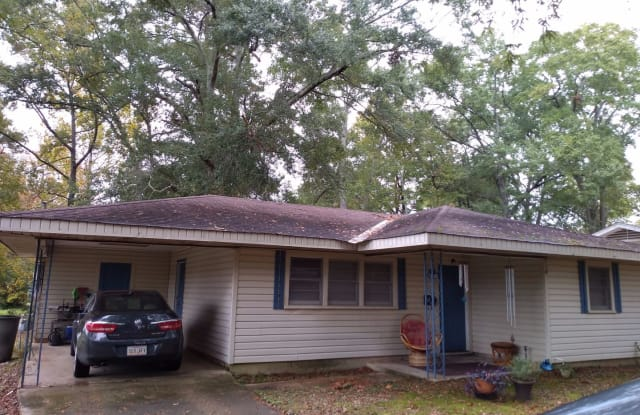 310 Lee Street - 310 Lee Ave, Ruston, LA 71270