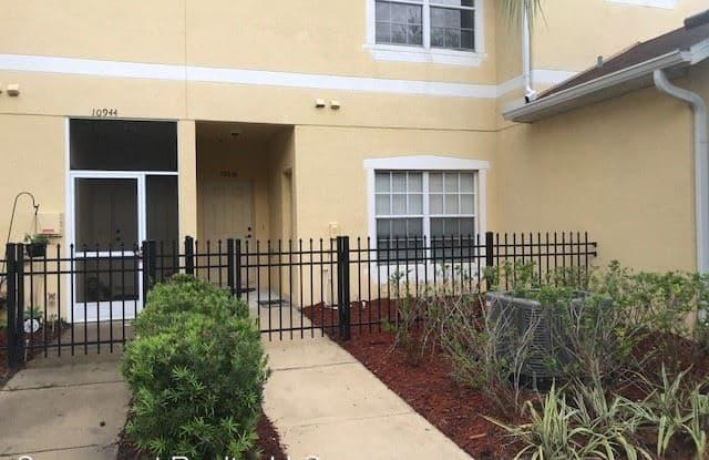 10946 Winter Crest Drive - 10946 Winter Crest Drive, Riverview, FL 33569