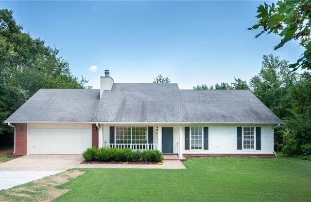 2308 Old Wire RD - 2308 North Old Wire Road, Fayetteville, AR 72703