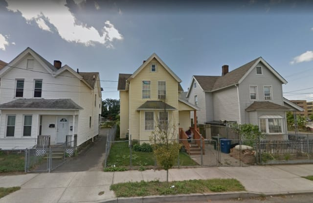 628 Maple St - 628 Maple Street, Bridgeport, CT 06608