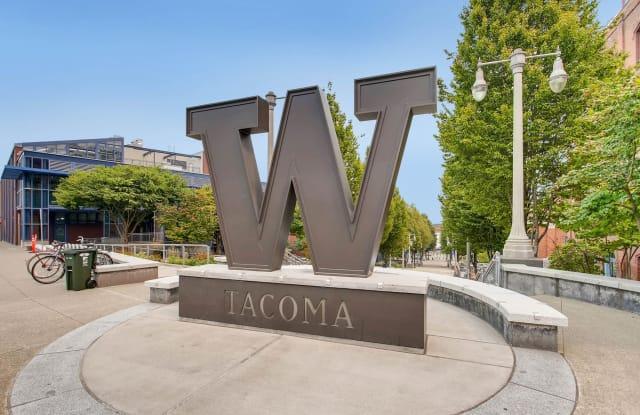 Vue 25 - 2368 Yakima Ave, Tacoma, WA 98405