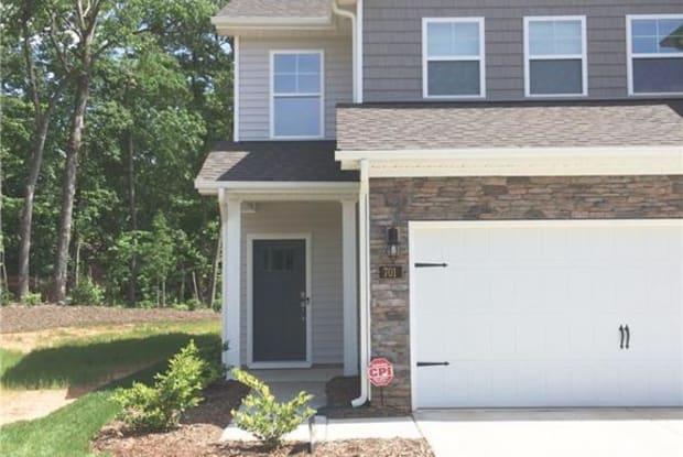 828 Riley Lane - 828 Riley Ln, Greensboro, NC 27455