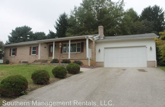 6 Barelyn Dr - 6 Barelyn Drive, New Freedom, PA 17349