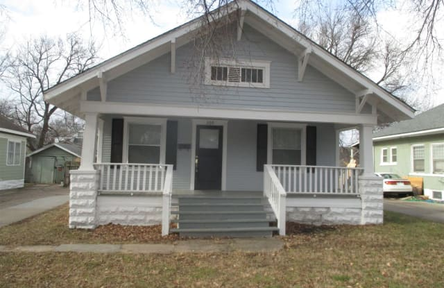 309 S Estelle St - 309 South Estelle Street, Wichita, KS 67211