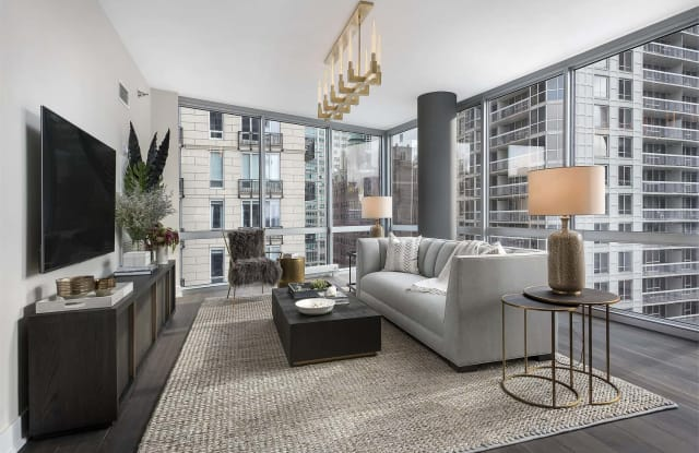 Two West - 2 W Delaware Pl, Chicago, IL 60610