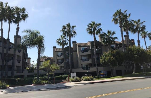 310 LAKE STREET # 313 - 310 Lake Street, Huntington Beach, CA 92648