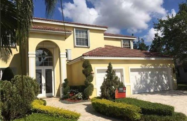2720 Edgewater Court - 2720 Edgewater Court, Weston, FL 33332