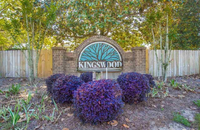 3307 KINGSWOOD CT - 3307 Kingswood Court, Ferry Pass, FL 32514