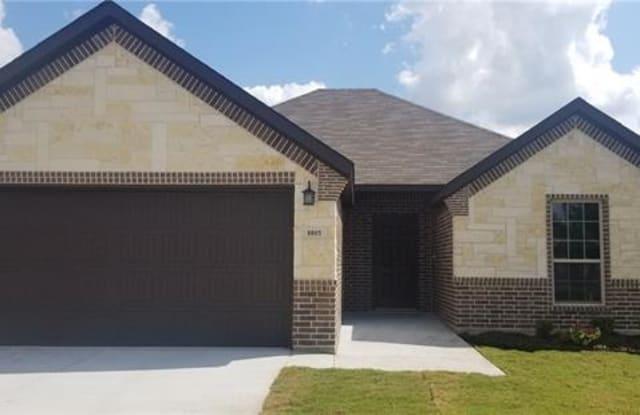 8805 Kiowa Drive - 8805 Kiowa Dr, Greenville, TX 75402