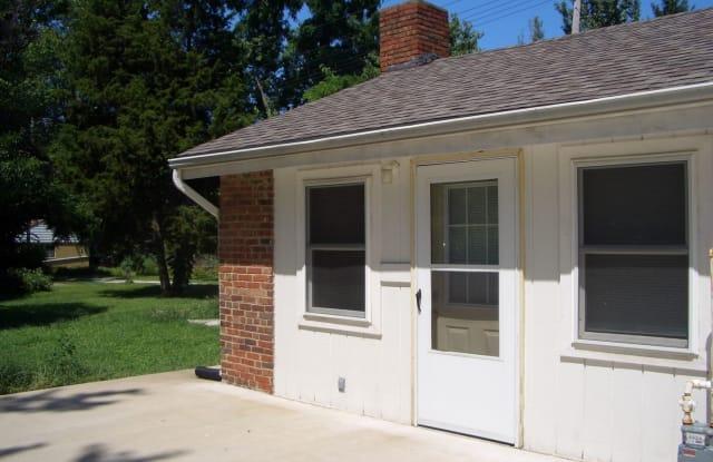 606 W. Carroll #1 - 606 W Carroll St, Macomb, IL 61455
