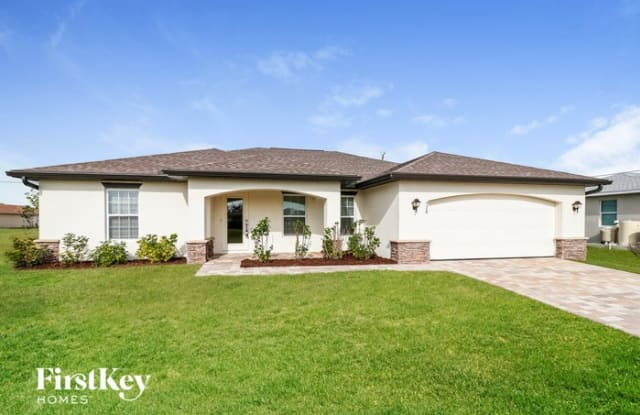 928 Northwest 7th Place - 928 Northwest 7th Place, Cape Coral, FL 33993