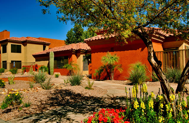 Sonoran Apartments - 13625 S 48th St, Phoenix, AZ 85044