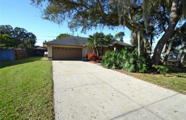 756 LEEWARD ROAD - 756 Leeward Road, South Venice, FL 34293