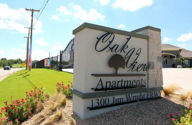 Oak View - 1300 N Jim Wright Fwy, White Settlement, TX 76108