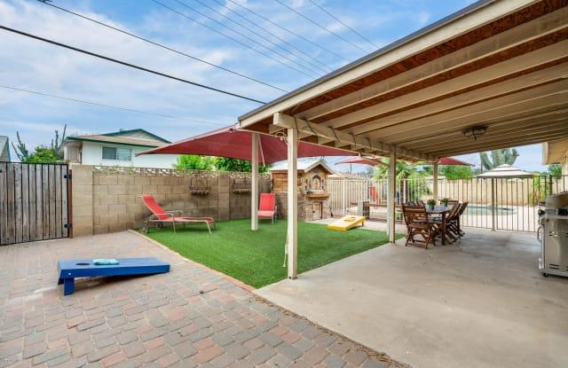 8517 E THOMAS Road - 8517 East Thomas Road, Scottsdale, AZ 85251