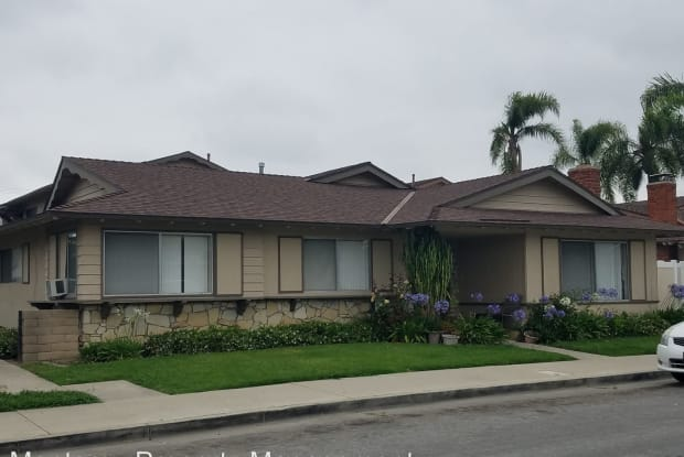 16681 Bartlett Unit 3 - 16681 Bartlett Lane, Huntington Beach, CA 92647