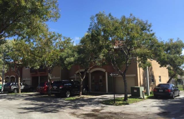 39 SE 3rd Avenue - 39 Southeast 3rd Avenue, Hallandale Beach, FL 33009