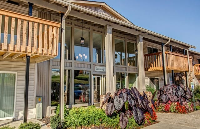 Summerfield Place - 452 Moss Trl, Goodlettsville, TN 37072