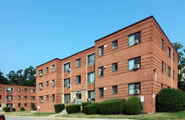 Chillum Terrace Apts - 621 Sheridan St, Chillum, MD 20783