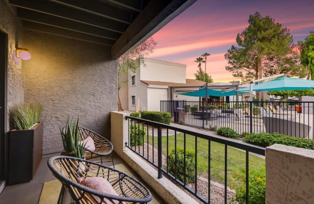 Rockledge Fairways - 13220 S 48th St, Phoenix, AZ 85044