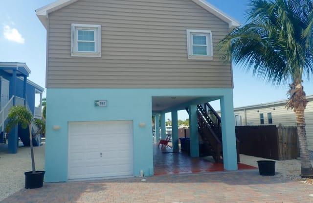 907 tropical Lane - 907 Tropical Lane, Key Largo, FL 33037