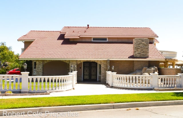 1715 Maywood Avenue - 1715 Maywood Avenue, Upland, CA 91784