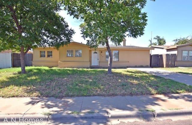 322 E 44th St - 322 East 44th Street, Odessa, TX 79762